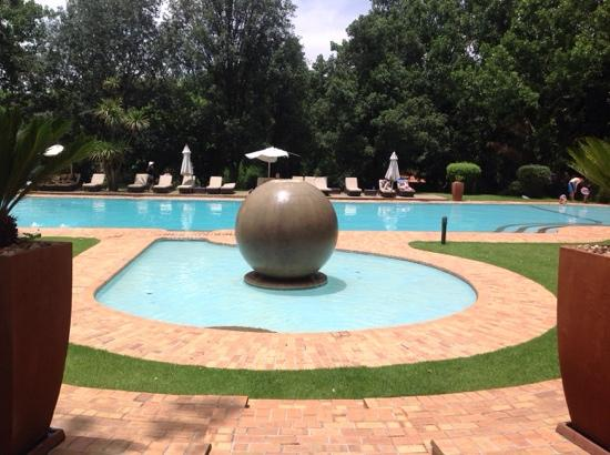 Valley Lodge & Spa: pool view