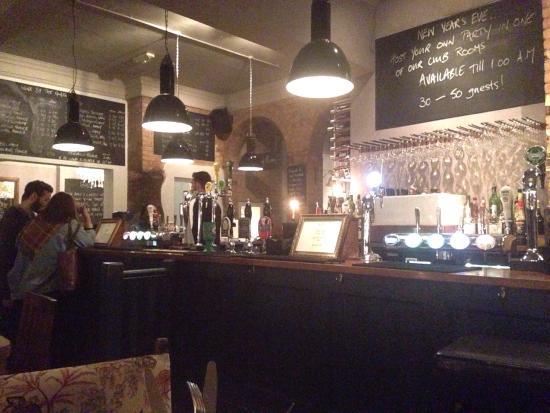 The Vine: The bar