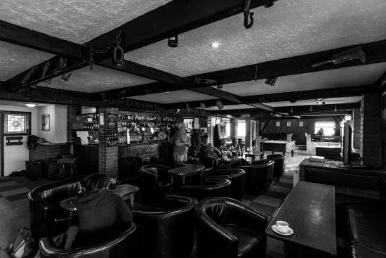 Sango Sands Oasis Restaurant And Bar L Interno Del Pub