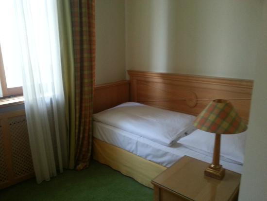 Central-Hotel  Kaiserhof : номер