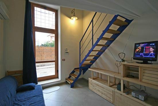 Romalighthouse: scala