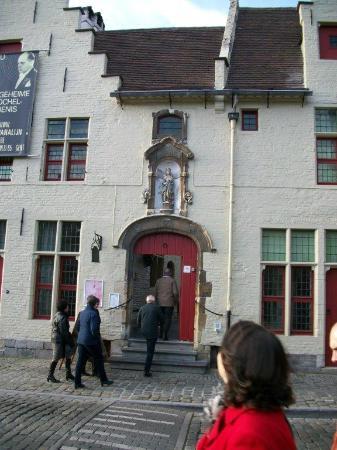 Entr e des visiteurs foto van het huis van alijn gent tripadvisor - Deco entree in het huis ...
