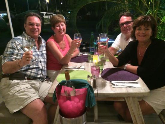 L'Oasis : Al Fresco Dining