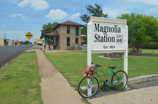 Vega, TX: Magnolia Station
