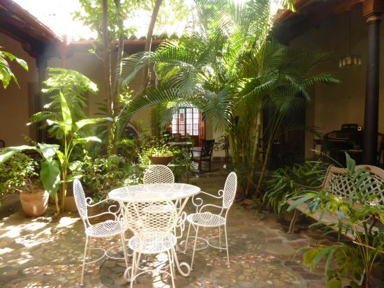 Hotel casa antigua granada nicaragua opiniones for Jardin botanico granada precio