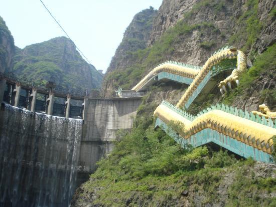 Qing Long Si: Escada rolante em forma de Dragão