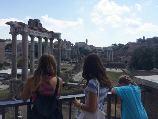 Rome with Marisa : Soaking up history!