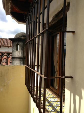 Las Iglesias Hotel Antigua: vista / view
