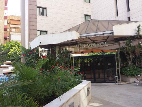 NH Sevilla Viapol : Ingreso al Hotel NH Viapol