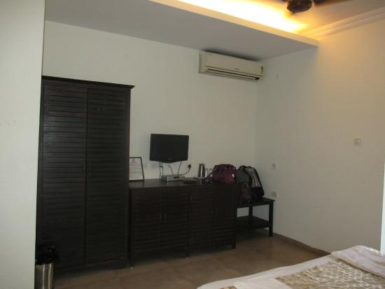 Joia Do Mar Resort: A/C deluxe Room.