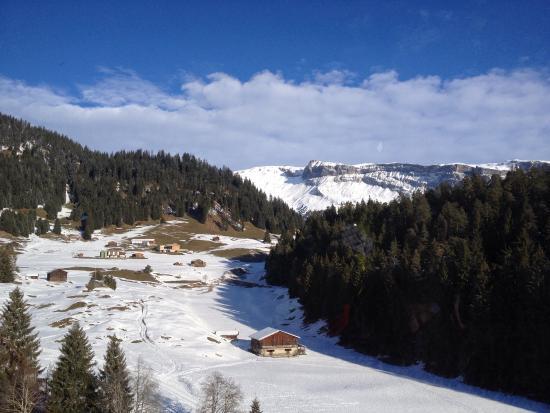 Flims Laax Falera Ski Resort : Good morning Laax