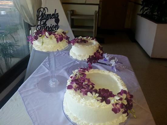 Beautiful! - Picture of Kauai Bakery and Cinnamons, Lihue - Tripadvisor