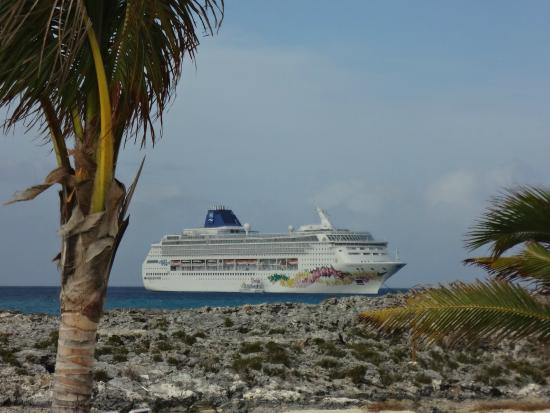 View Of The Norwegian Sky From Great Stirrup Cay Picture