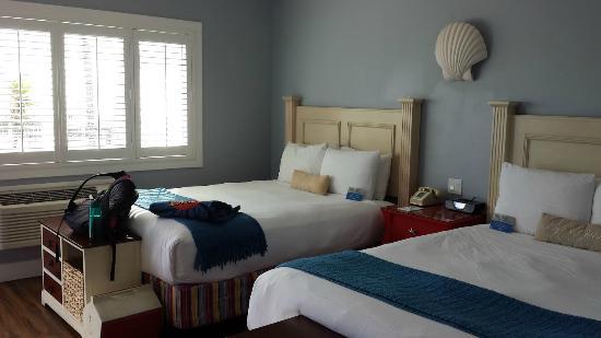 Beach Street Inn and Suites: 2 Queen Room (202)