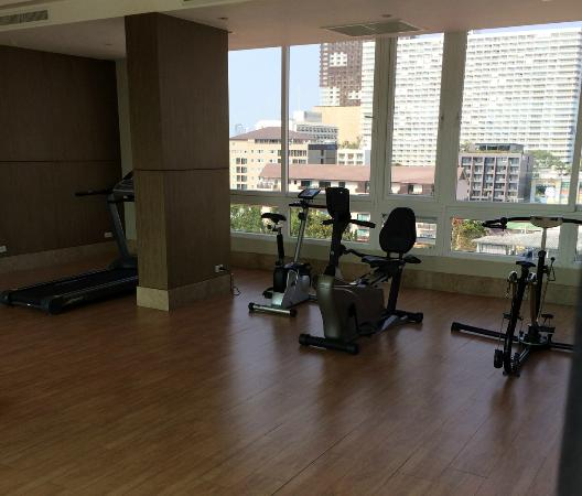 """Intimate Hotel: The """"gym"""""""
