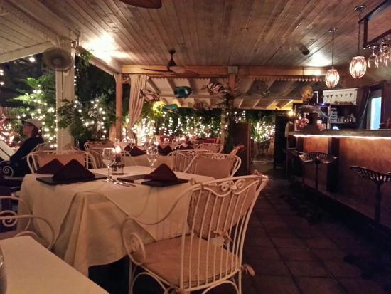 Coyaba Restaurant : Main Dinning Area