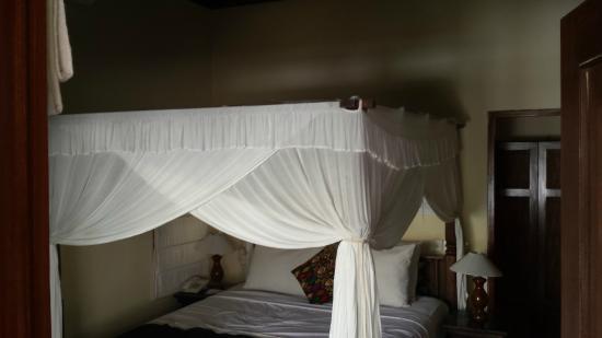 Villa Diana Bali: bed