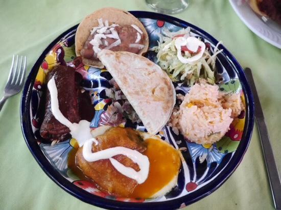 La Mission: mexican mix platter