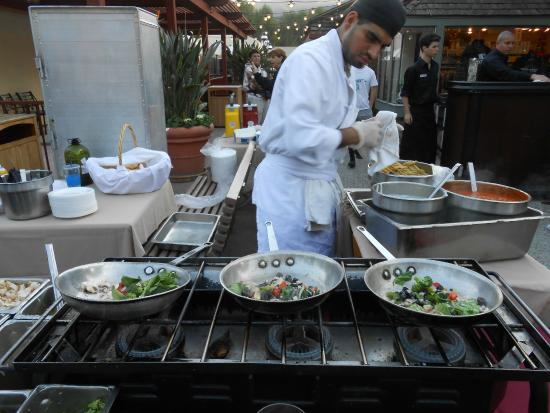 Welk Resort San Diego: Fresh meals prepared during Festival Under the Lights