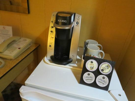 Days Inn Vancouver Downtown : コーヒーメーカー