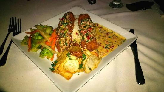 Running W Steakhouse & Restaurant: MMM...the coconut crusted snapper with coconut rice & veggies
