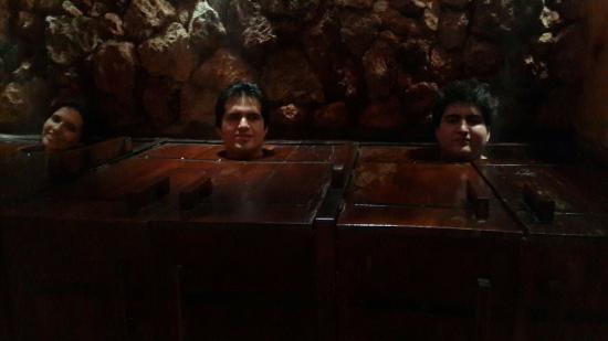 Baño Turco Guayaquil:Baño de vapor sentados: fotografía de Piedra de Agua Fuente Termal