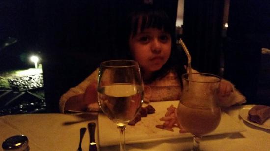 Restaurante Tamarindos: Celebratin Her first date.  My baby is growing so fast.   Love u Ale!!!