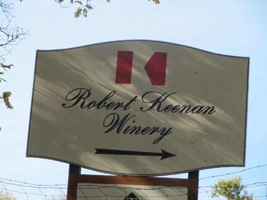 Robert Keenan Winery: Keenan this way