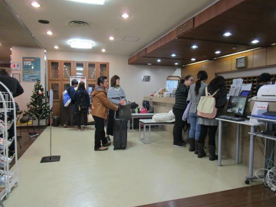 Hotel Econo Kanazawa Ekimae: 団体さんが来るとてんてこ舞いに