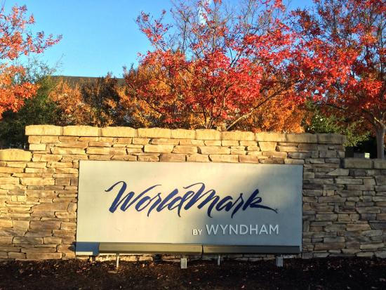 WorldMark Windsor: Front
