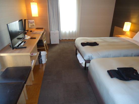 Hotel Resol Hakata : カーテンは開けられません