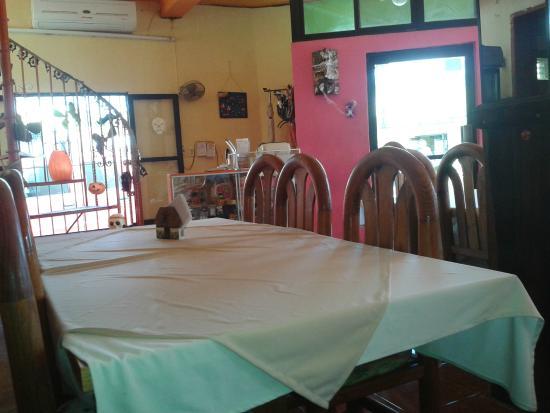Los Mestizos Restaurant: 5