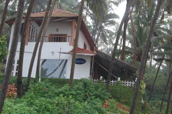 Ocean Hues Beach House: The bunglow!!!