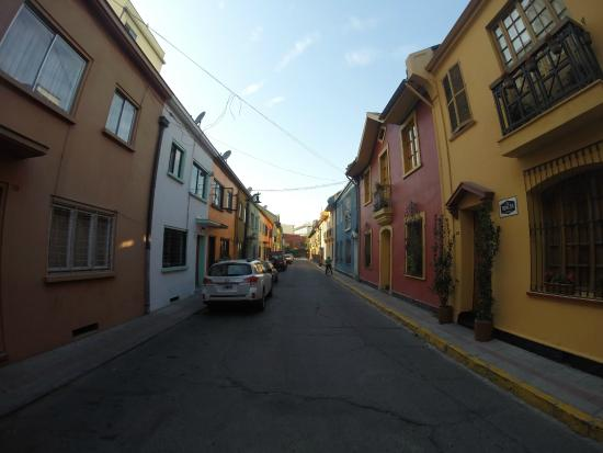 Travesia Bed & Breakfast: Rua onde se localiza Travesia B&B