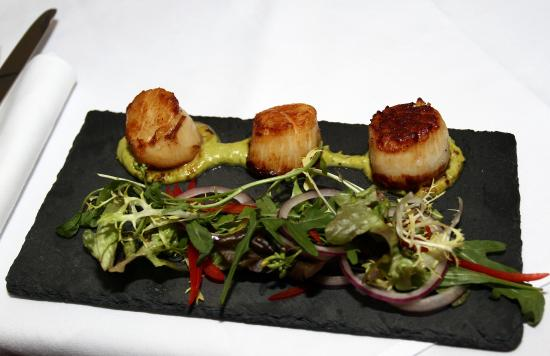 Royal Hotel: Local Scallops
