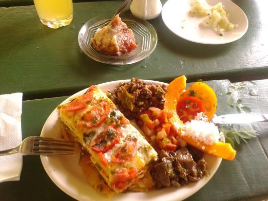 Tauono's: Breadfruit lasagna with delicious sides - poi, cucumber salad, lentils, pawpaw, aubergines