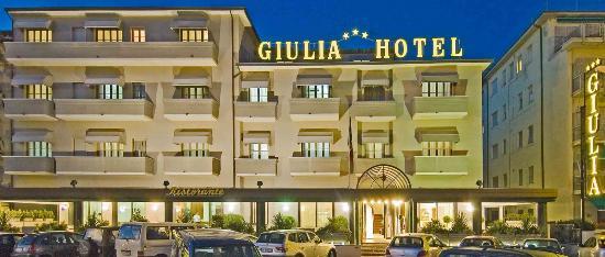 ジュリア ホテル