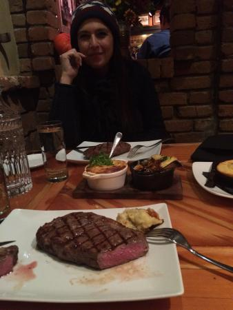 Ore House: Amazing steaks!!