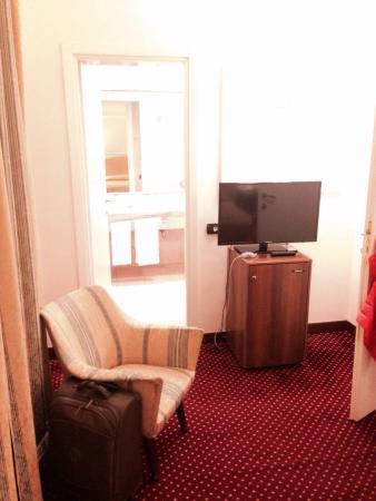 Ambasciatori Palace Hotel: The only chair