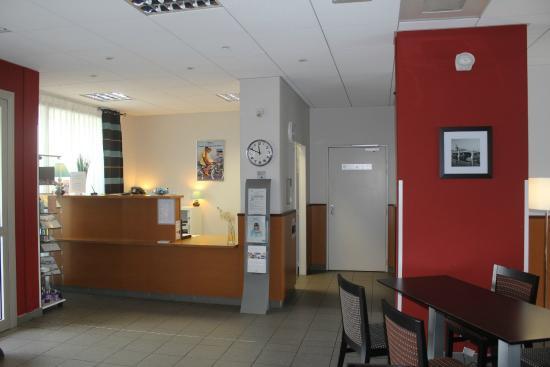 Nemea Appart'hotel Residence Saint-Martin : Réception