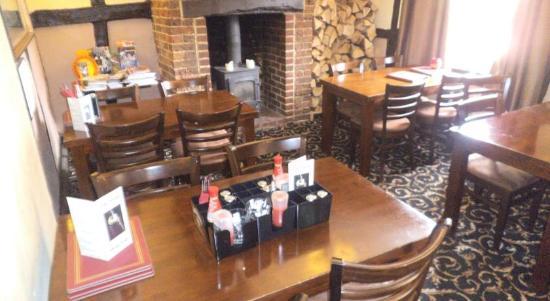 The Swan Inn: Restaurant