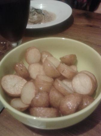 Roberto's Italian Restaurant: Side order of sauté potatoes