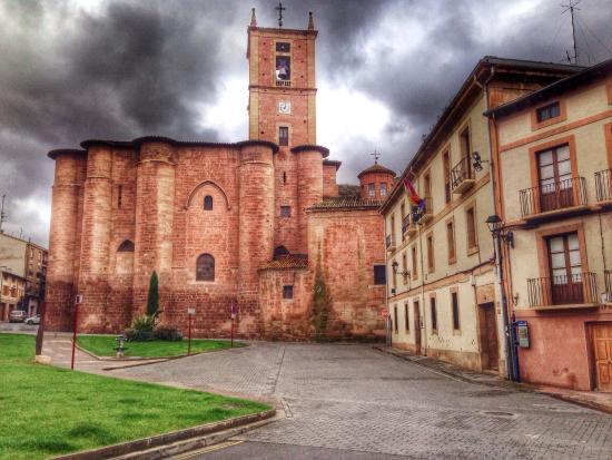 Najera, Hiszpania: Museo Najerillense, juntó a Santa María del Real