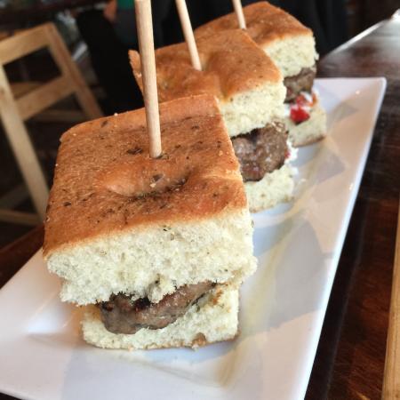 Demetri's Woodstone Taverna: Lamb sliders - tasty!!