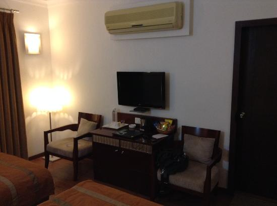 Hotel Nami Residency: LCD with hd channels