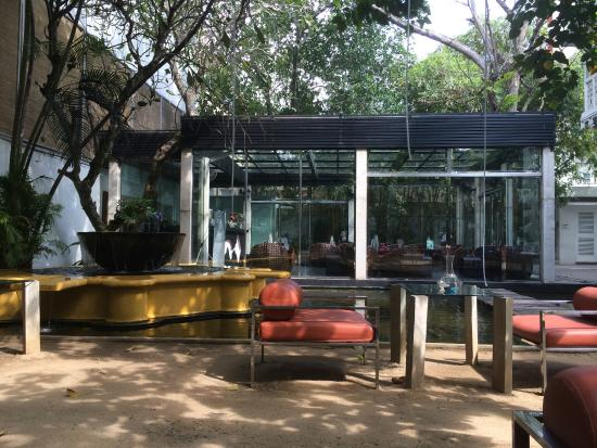 CASA Colombo Collection: Bar/Lounge in front of Main Building