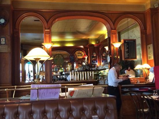 Au General Lafayette : Good places and menu
