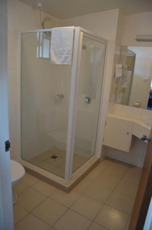 Argyle Motor Lodge: Bathroom