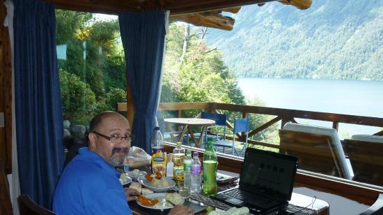 Cabanas Huitan Co: unas verduritas con vista de postal