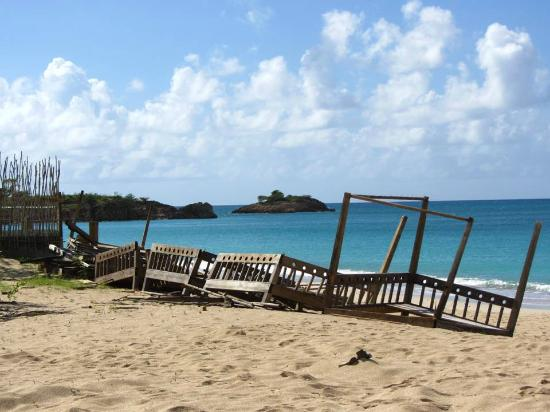 Turners Beach, Antigua: Bali Beds